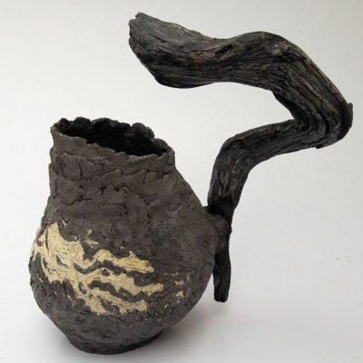 'Vaas met olijfhout'( 1, keramiek, hout, ijzerdraad, 32 cm hoog, 2016
