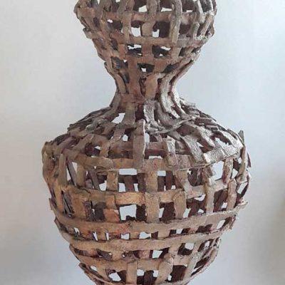 'Tralievaas, keramiek, tegellijm, 65 cm hoog, 2018