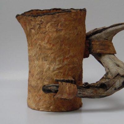 'Schaal met olijfhout ', keramiek, hout, ijzerdraad, 27 cm hoog, 2015