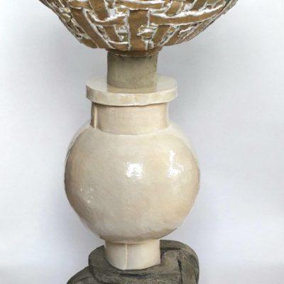 Stog, steengoed, tegellijm en epoxy, 103 cm hoog, 2020